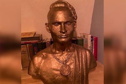 Моргенштерну поставили памятник в Петербурге