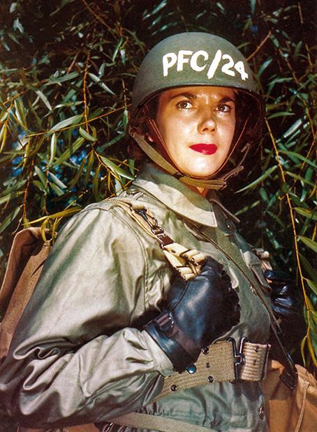 Участница женского вспомогательного армейского корпуса США (WAAC), 1944 год