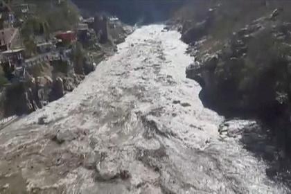 Сошедший ледник убил десятки человек в Индии: Происшествия: Мир: Lenta.ru