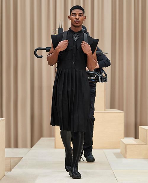 Мужское платье Burberry