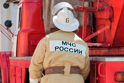 Российский школьник решил проверить противогаз и поджег дом