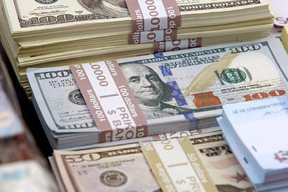 Российские компании усилили скупку долларов