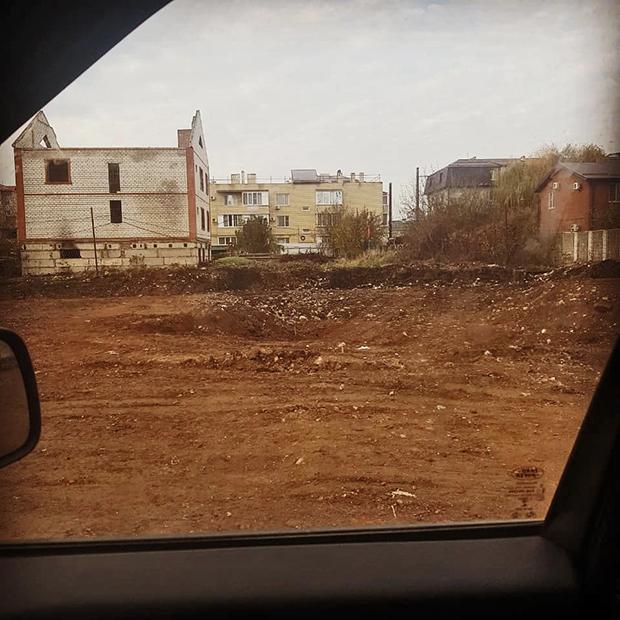 Место, где стоял снесенный многоквартирный дом