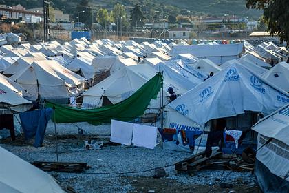 Беременная женщина подожгла себя в лагере для мигрантов и попала под следствие