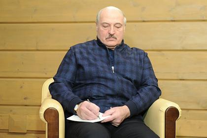 Лукашенко назвал белорусских спортсменов виновными в лишении страны ЧМ по хоккею