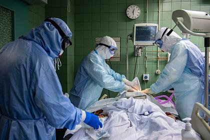 В России за сутки умерли 439 человек с коронавирусом