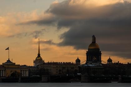 Определены самые дешевые авиабилеты для поездок по России на 8 Марта