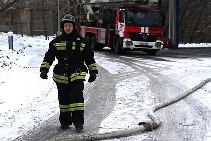 В России загорелся завод огнеупорных изделий