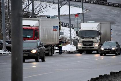 Собянин рассказал о постоянных ограничениях для грузовиков на МКАД