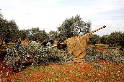 Россия и Сирия обвинили США в снабжении боевиков гумпомощью