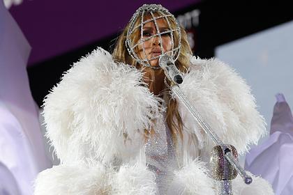 Google определил знаменитость с самыми популярными нарядами ковровых дорожек