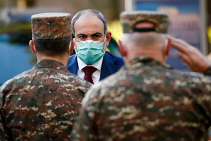 В Армении обвинили военных в «непозволительном» вмешательстве в политику
