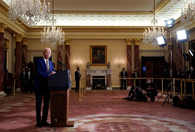 Американский президент Джо Байден выступает с речью о целях внешней политики Штатов
