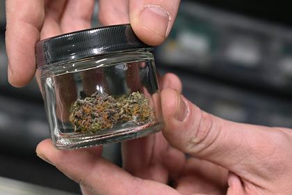 Полиции в США запретили докладывать об употреблении детьми алкоголя и марихуаны