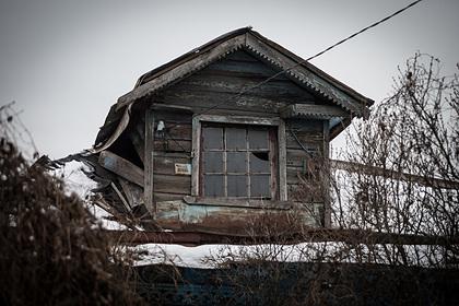 Россиянина лишили особняка из-за исчезнувшей избы