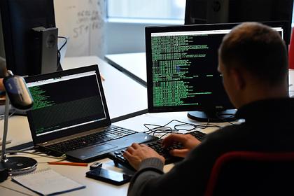 Путин потребовал от силовиков «мониторить интернет»