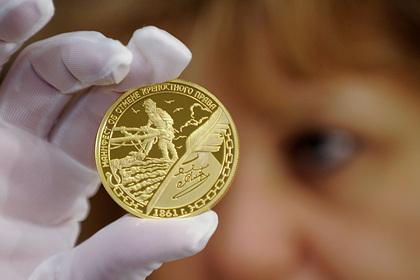 Москвичи закупились золотом