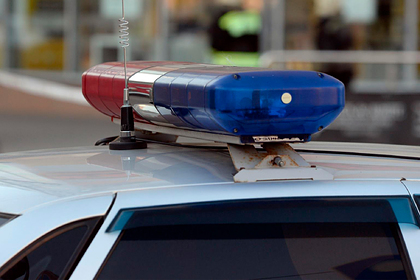 Россиянин насиловал 13-летнюю дочь в кровати рядом с спящей женой