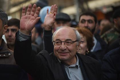 Против лидера армянской оппозиции возбудили уголовное дело