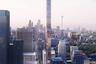 """Обилие проектов в Торонто сделало город одной из самых популярных площадок для возведения небоскребов. Местная студия Quadrangle и швейцарское архитектурное бюро Herzog & de Meuron Architekten бросили себе вызов <a href=""""https://www.dezeen.com/2020/06/04/1200-bay-street-herzog-de-meuron-toronto/"""" target=""""_blank"""">построить</a> супертонкий небоскреб высотой в 324 метра, или 87 этажей. Узкую конструкцию создадут за счет пропорций — высота небоскреба почти в три раза превысит ширину.<br><br>Экспериментировать с текстурами и материалами архитекторы не стали — башню облицуют стеклом, чтобы из панорамных окон наблюдать за городом. Пока разработчики представили только план сооружения, однако дизайнеры уже позаботились об интерьере — все окна небоскреба закроют регулируемыми деревянными жалюзи. Первые 16 этажей башни отдадут под офисы, на остальных оборудуют жилые апартаменты, а наверху откроют ресторан."""
