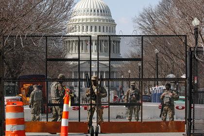 Полиция потребовала от Пентагона продолжить охрану Капитолия