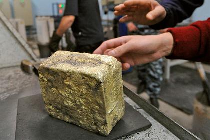 В Казахстане с рудника украли золото на сотни тысяч долларов