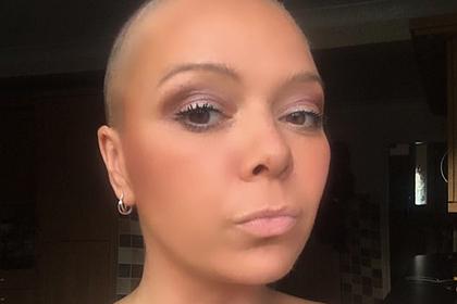 Женщина два года растила волосы после рака и лишилась их из-за оплошности детей