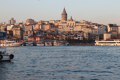 Турция продлила ограничения для туристов
