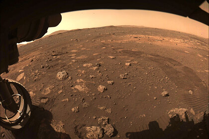 Марсоход Perseverance впервые проехался по Марсу