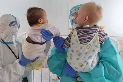 Российский врач назвал срок заразности инфицированных коронавирусом детей