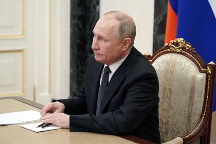 Путин отказался от изоляции после заражения своего помощника коронавирусом