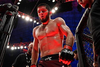 Преемник Нурмагомедова добился седьмой победы подряд в UFC