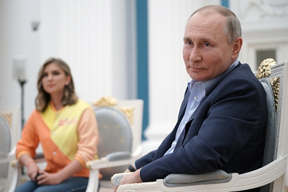 Предложившая Путину жениться на ней россиянка рассказала о своей жизни