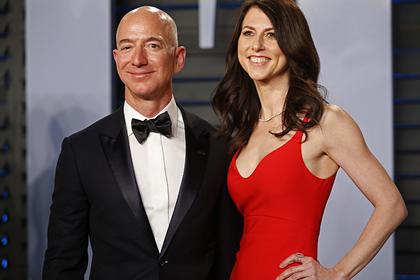 Бывшая жена основателя Amazon вышла замуж за школьного учителя