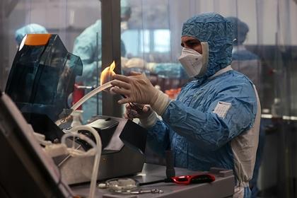Российский инфекционист назвал сроки стабилизации ситуации с COVID-19 в России