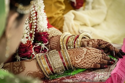 Невеста долго плакала во время ритуала и умерла