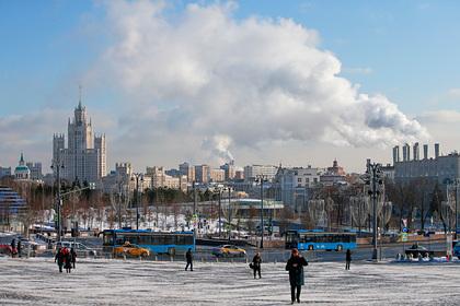 Москвичей предупредили о ледяных иглах в небе