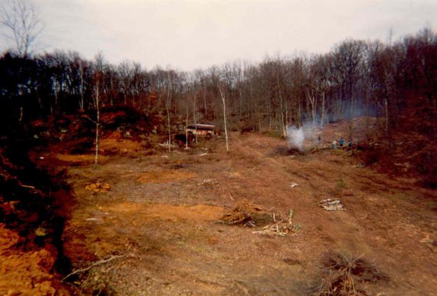 Лес Геделон в 1997 году во время первого этапа строительства