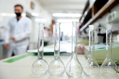 Зарплату в 17 тысяч рублей назвали достаточной для молодых ученых