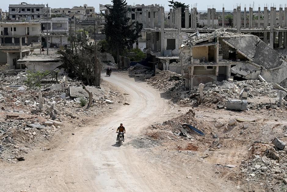 Разрушения в городе Нираб, провинция Идлиб. Апрель 2020 года