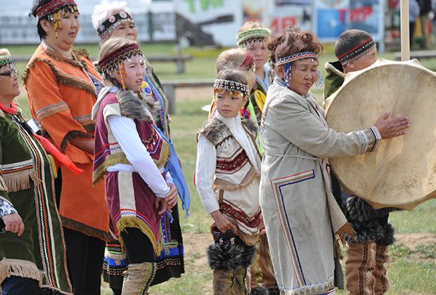 Участники краевого этноэкологического фестиваля «Онон: связь времен и народов» в Забайкалье