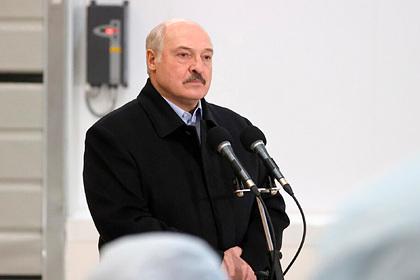 Лукашенко призвал белорусов потерпеть и пообещал других президентов