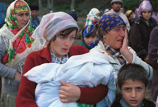 Лагерь беженцев для турок-месхетинцев в Ферганской области Узбекистана, 1989 год