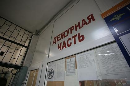 Российский адвокат с подзащитной спрятались в отделе полиции от ее родственников