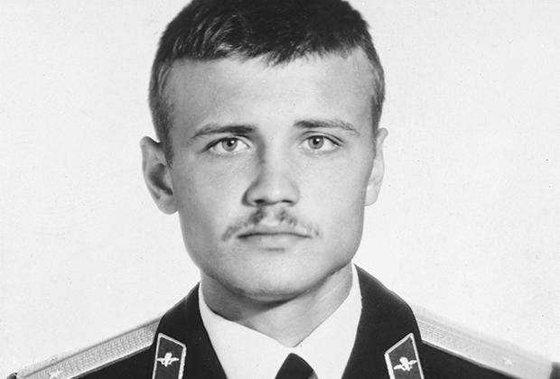 Капитан ВДВ Владимир Морозов, обвиненный в убийстве журналиста Дмитрия Холодова и впоследствии оправданный