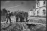 Префект и военный комендант инспектируют город. Ботошани, Румыния. Апрель 1944 года.