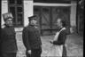 Генералы Филипп Жмаченко и Иван Сусайков беседуют с жительницей города, британской подданной. Ботошани, Румыния. Апрель 1944 года.