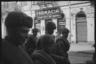 Советские солдаты на улице освобожденного города. Ботошани, Румыния. Апрель 1944 года.
