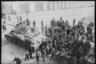Жители освобожденного румынского города встречают советских танкистов. Ботошани, Румыния. Апрель 1944 года.