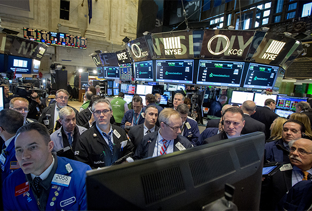 Торговый зал Нью-Йоркской фондовой биржи (NYSE)